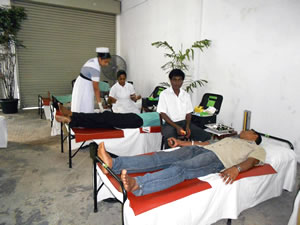 blood_donation_camp_2011_1