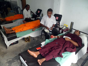 blood_donation_camp_2011_3